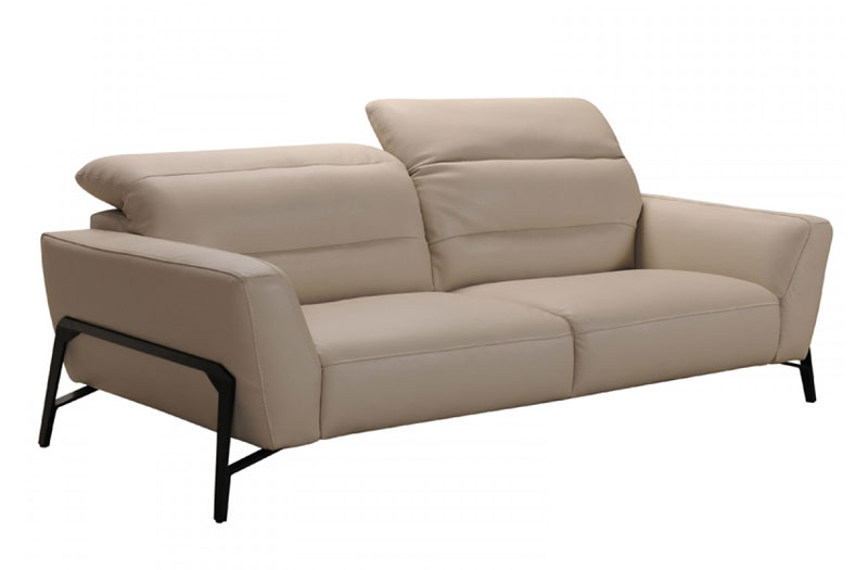 TAUPE LEATHER SOFA U0026 TWO CHAIRS